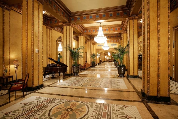 Card wa the roosevelt new orleans grand lobby